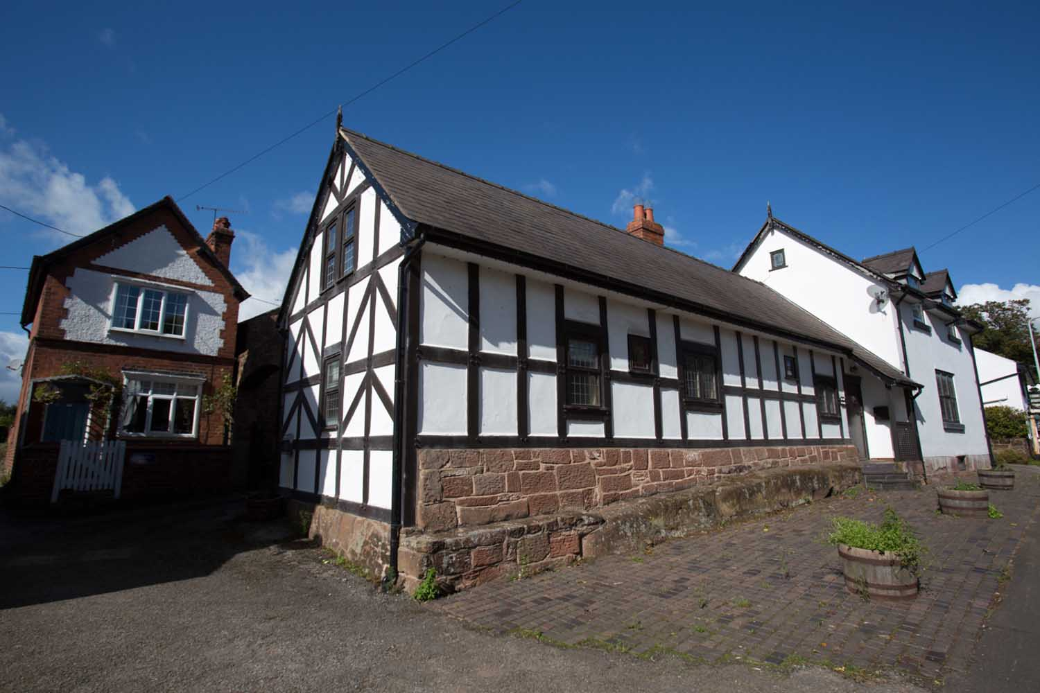 Village of Churton, Cheshire, England. The 17th century former Red Lion pub, now converted for residential purposes.